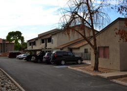 Vestis Group completes sale of 22nd Street Apartments in Central Phoenix