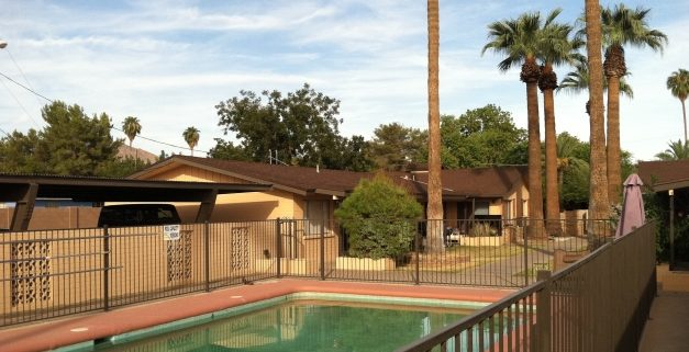 Melrose Place Apartments | Phoenix Multifamily Sale | Vestis Group