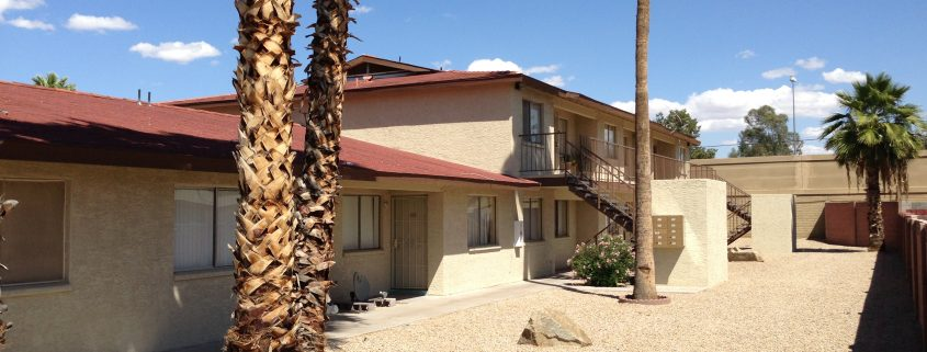 Rosalinda Court Apartments | Vestis Group | Phoenix Multifamily Sale