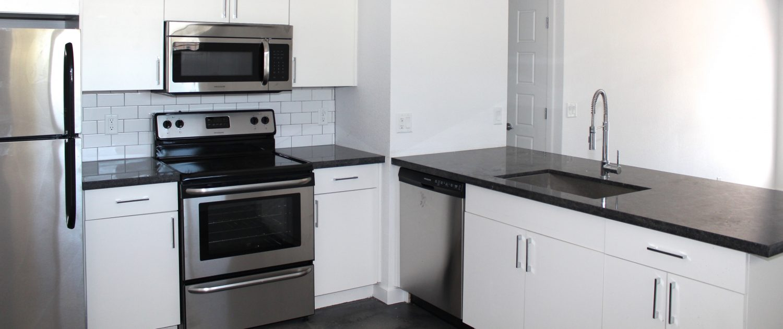 Glenrosa At Biltmore - Phoenix, AZ | Vestis Group | MODE Apartments + Homes